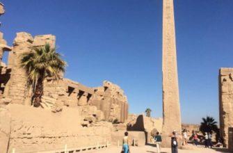 на всей территории Египта можно встретить множество зданий